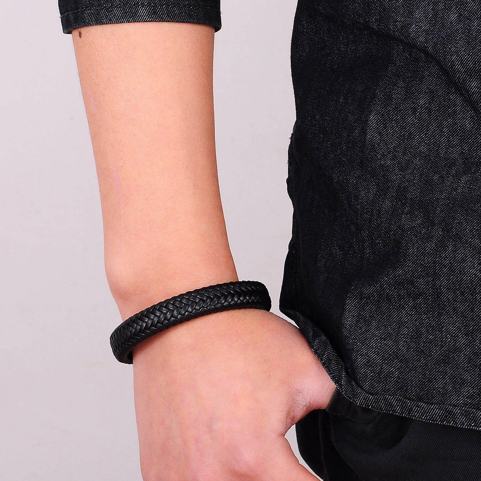 Men's Simple Leather Bracelet Bracelets Men Jewelry Type : 1 2 3 4 5 6 7 8 9 10 11 12 13 14 15 16