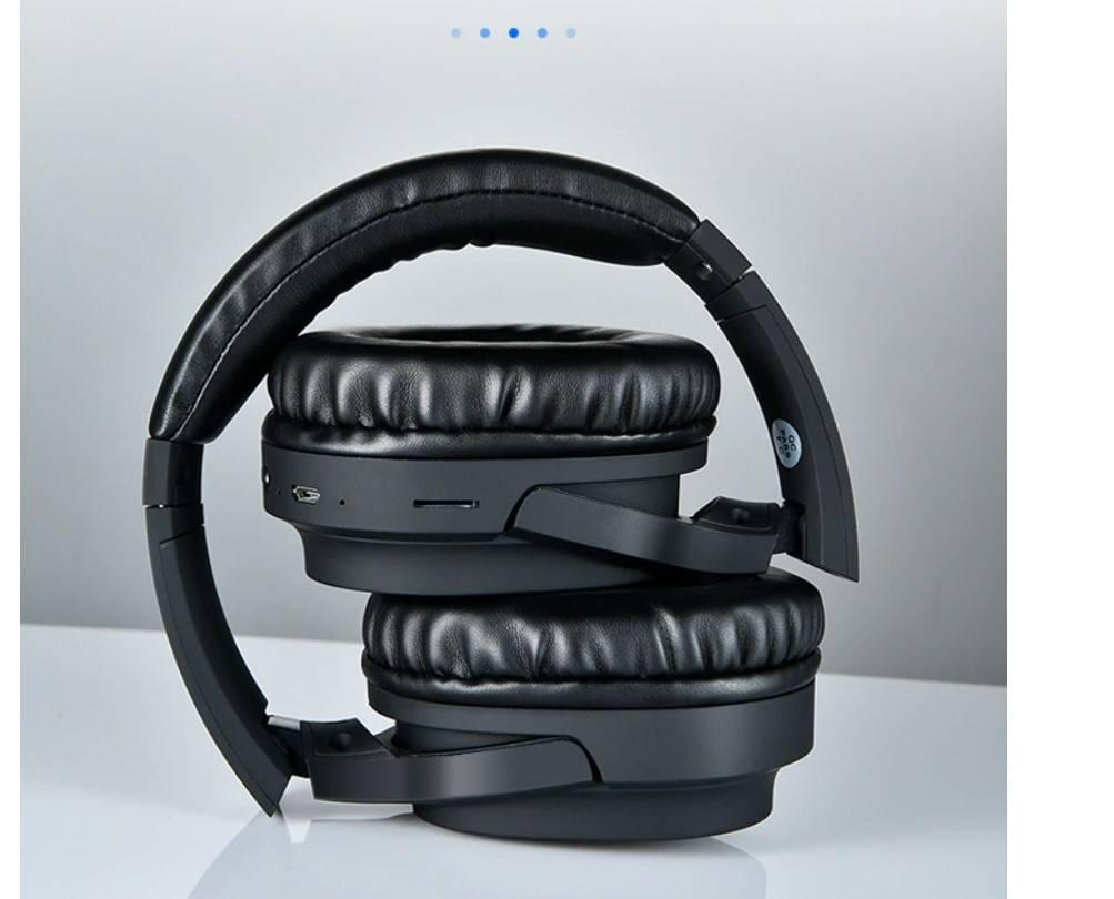 Solid Color Design Wireless Headphones